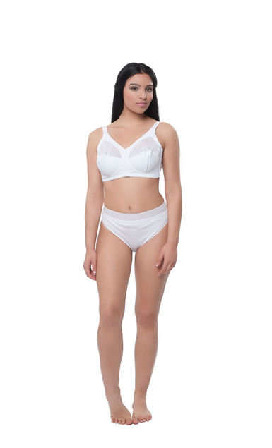 Picture of Women' s bikini briefs with lace