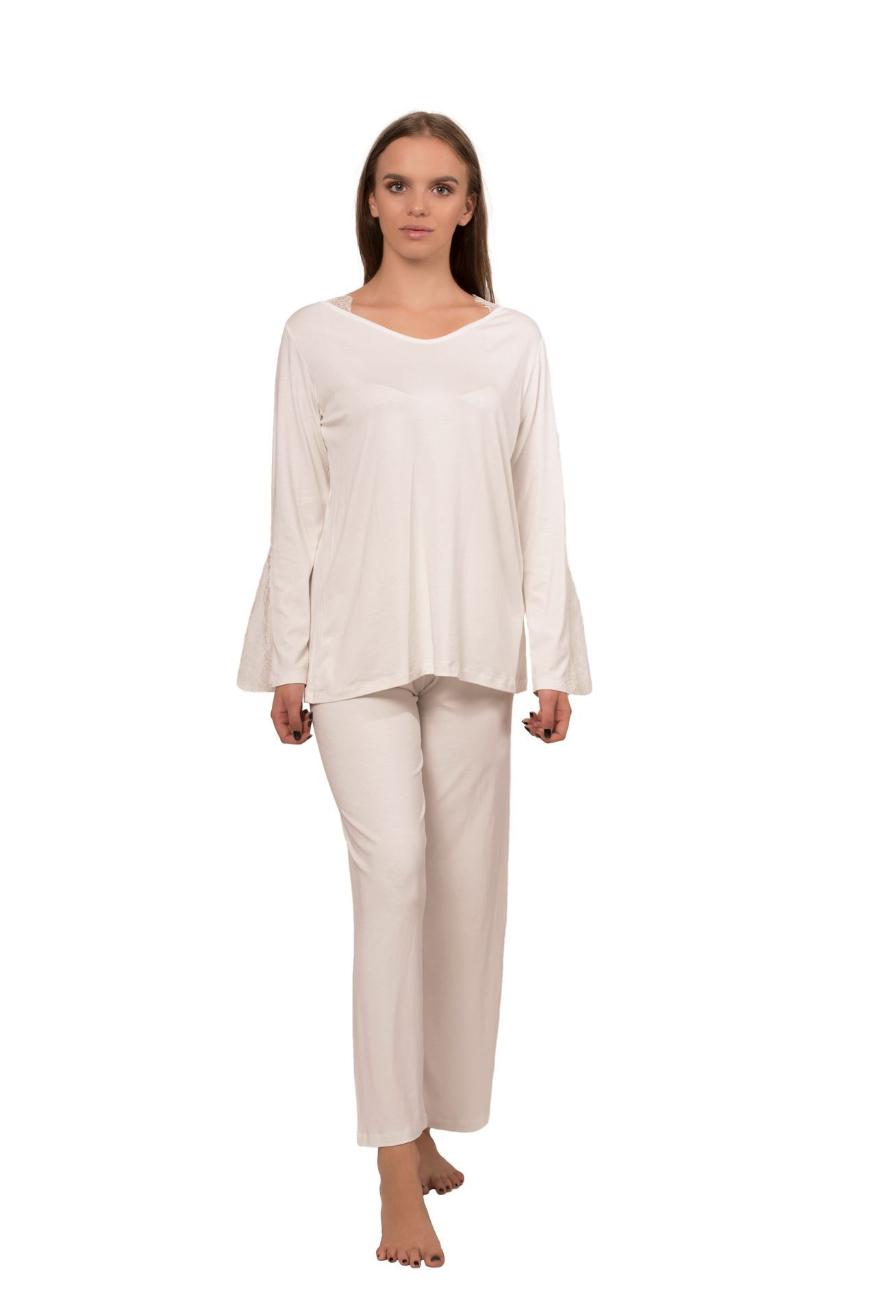 Picture of Women's viscose pajamas with lace on the sleeves