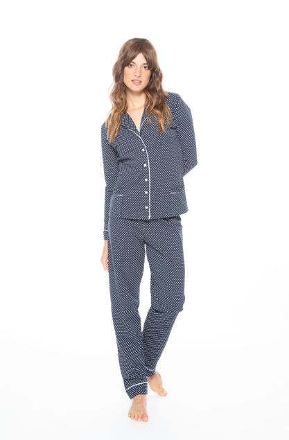 Picture of Women's long-sleeved pajamas with buttons