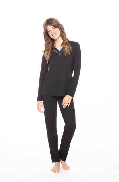 Picture of Women's viscose long-sleeved pajamas